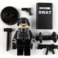 Img-min-mw-swat-02 73241 zoom