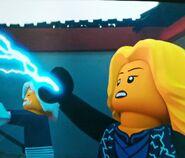 Meisterin des Blitzes Kraft