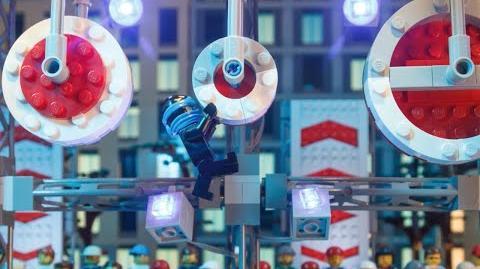 LEGO® NINJAGO™ - Jay and American Ninja Warriors Face THE BIG WHEEL!
