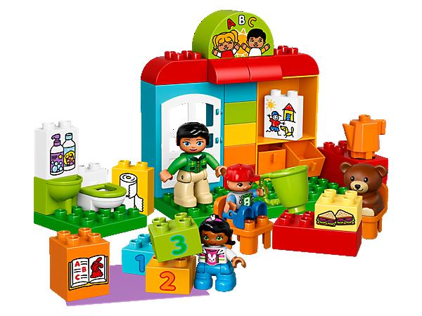 10833 Le jardin d'enfants