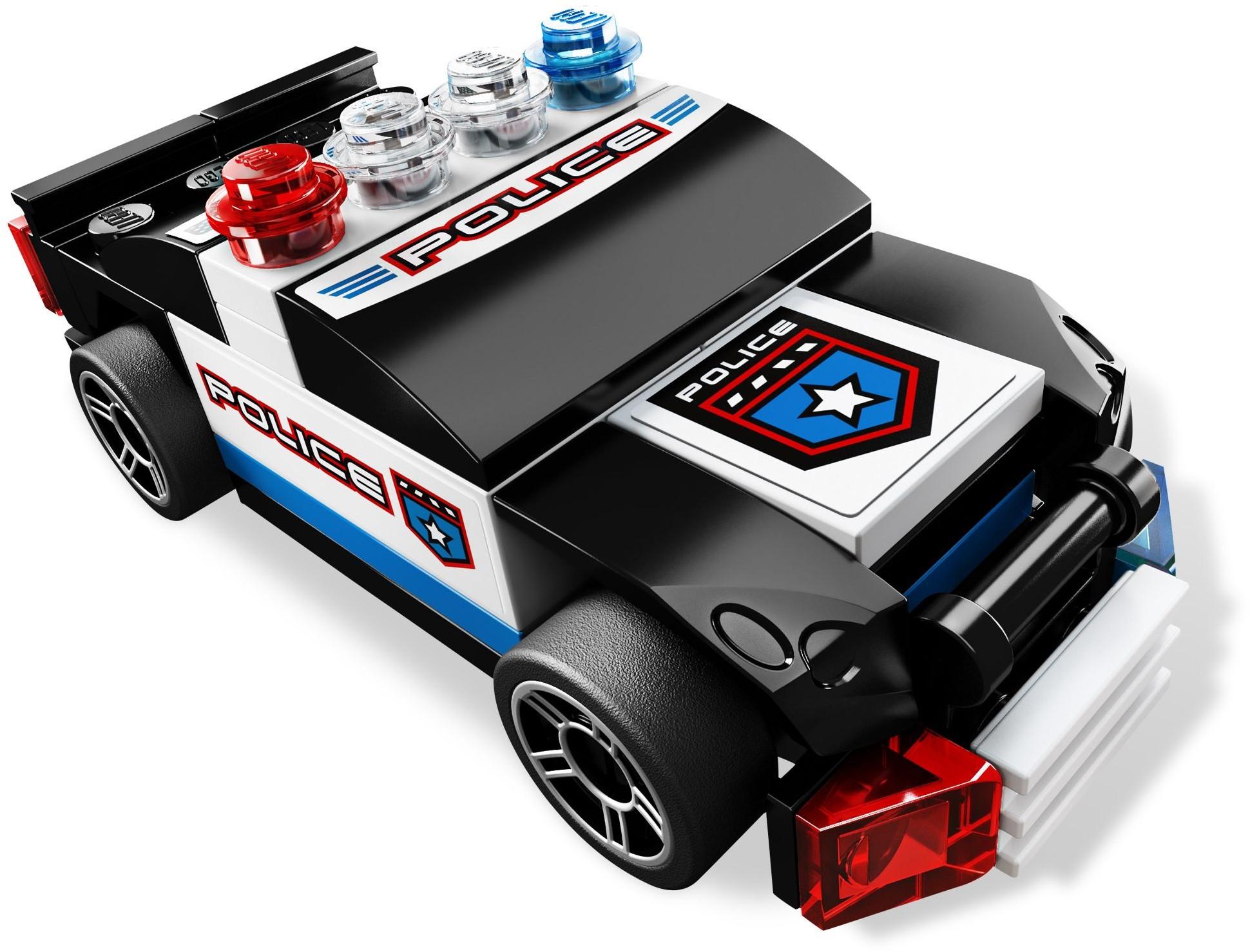 Polizeiwagen 8301
