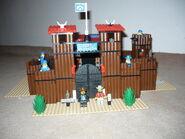 6769 Fort Legoredo (2)