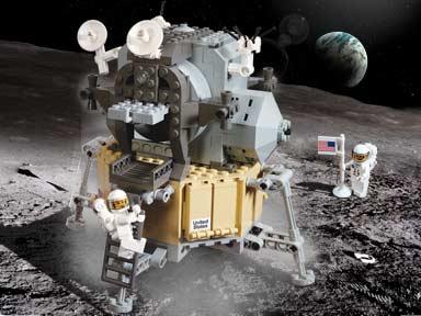 10029 Lunar Lander.jpg