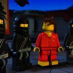 Ninjas noirs-La légende de Ninjago.jpg