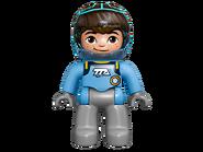 10824 Les aventures dans l'espace de Miles 6