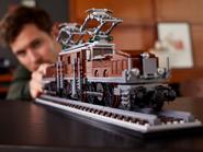 10277 La locomotive crocodile 10