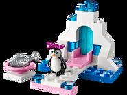 41043 Le pingouin et son aire de jeux de glace 2