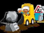 10930 Le bulldozer 2