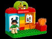 10833 Le jardin d'enfants 2