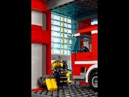 60110 La caserne des pompiers 9