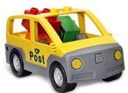 DUPLO Post Van