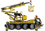 8421 Mobile Craneb