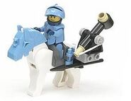 8877 Horse and Catapult