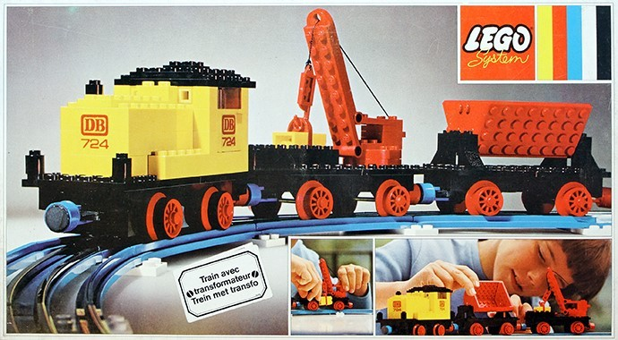 724 12V Diesel Locomotive with Crane Wagon and Tipper Wagon