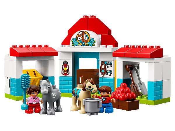 10868 Le poney-club de la ferme