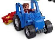 DUPLO Tractor