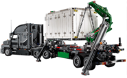 Amodelcontainerlift