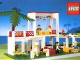 10037 Breezeway Café