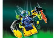 4790 Robot Diver