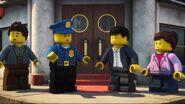 Policier-Petite Ninjago, gros ennuis