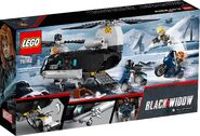 Lego-black-widow-76162-helicopter-chase-0011
