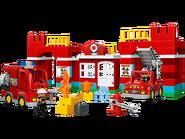 10593 La caserne des pompiers