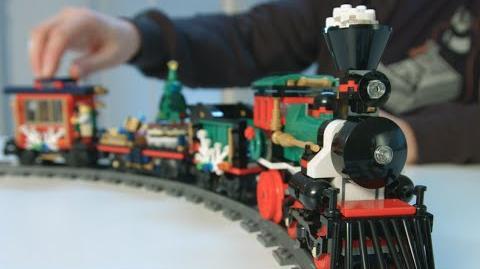 Holiday Train - LEGO Creator Expert -10254 Designer Video