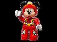 10843 La voiture de course de Mickey 5