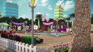 41008 La piscine de Heartlake City
