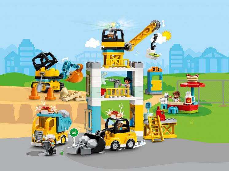10933 La grue et les engins de construction