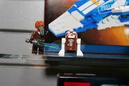 8093 Plo Koon's Starfighter 4