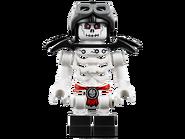 70592 Le robot de Ronin 9