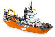 7739 Le bateau et la tour de contrôle des garde-côtes 2