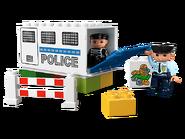 5680 Le camion de police 4