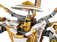 71702 Le robot d'or 7