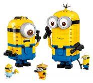 LEGO-Minions-Rise-of-Gru-75551-Brick-Built-Minions-and-Their-Lair-Sdk3X-640x567