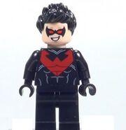 2014-LEGO-Batman-Nightwing-Minifigure-291x300.jpg