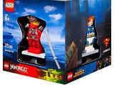 5004077 2015 Minifigure Gift Set