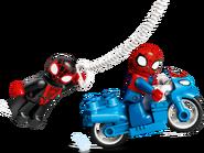 10940 Le QG de Spider-Man 4