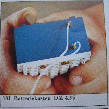 101-4.5V Battery Case 1966.jpg