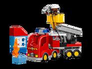 10592 Le camion de pompiers