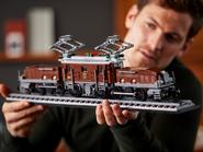 10277 La locomotive crocodile 8