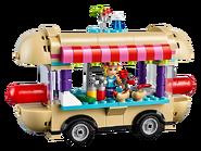 41129 La camionnette à hot-dogs du parc d'attractions 2