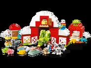 10952 La grange, le tracteur et les animaux de la ferme 2