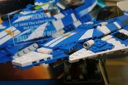 8093 Plo Koon's Starfighter 1
