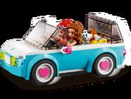 41443 La voiture électrique d'Olivia 7