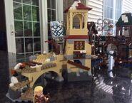 LEGO-Hobbit-The-Battle-of-Five-Armies-79017-Set-Building-e1410791073384-640x501