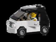 3177 La petite voiture 2