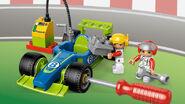 6143 Le stand de course 3
