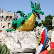 LLWindsor dragon4